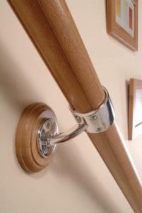 Деревянные перила для лестницы купить