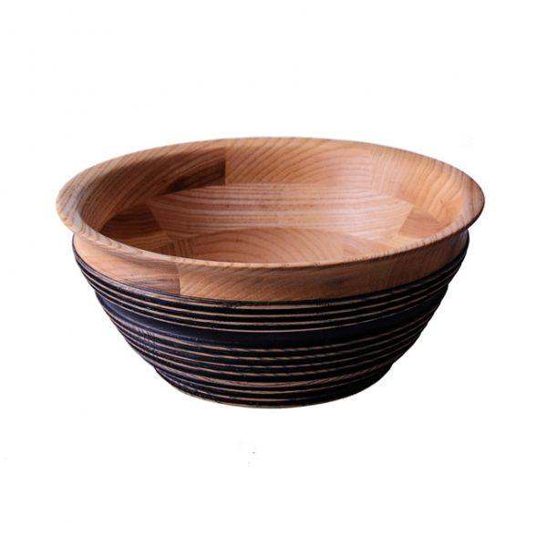 тарелка для супа из дерева Фото