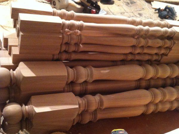 Балясины деревянные цена